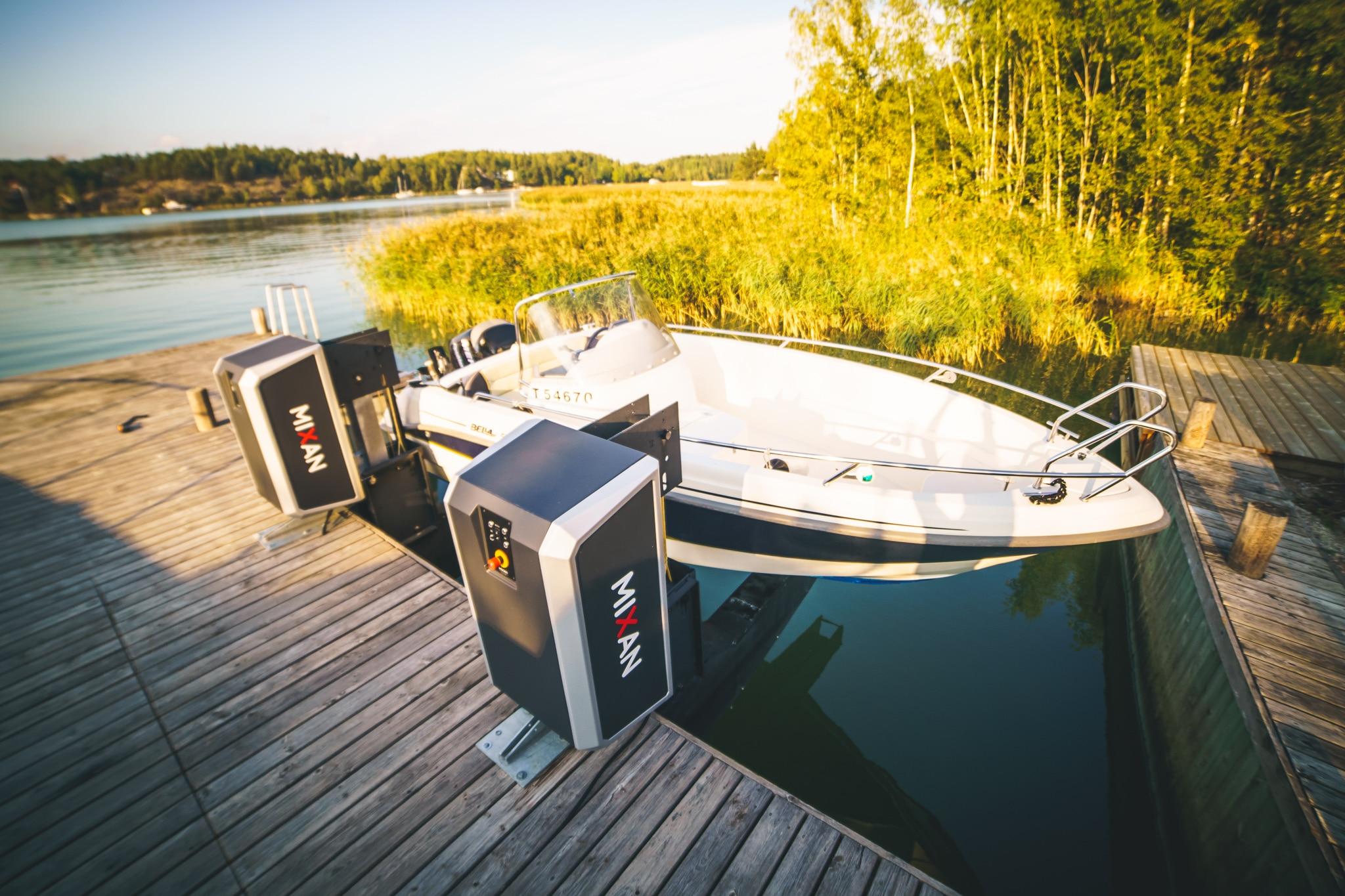 Mixan Boat Lift Venenostin Båtlift